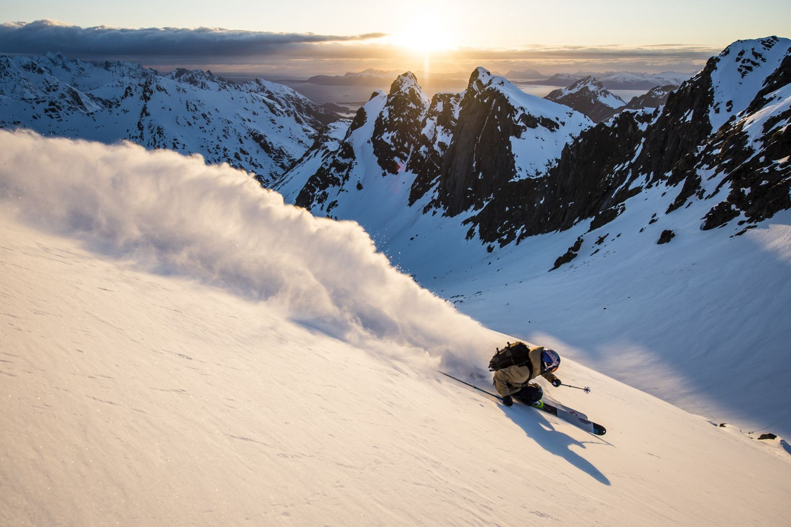 foto_pally_learmond_skiing_lofoten